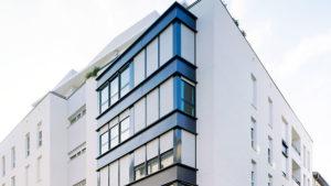 Architecture d'extérieur d'un immeuble de logement