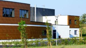 Bâtiment appliquant les principes de l'architecture écologique